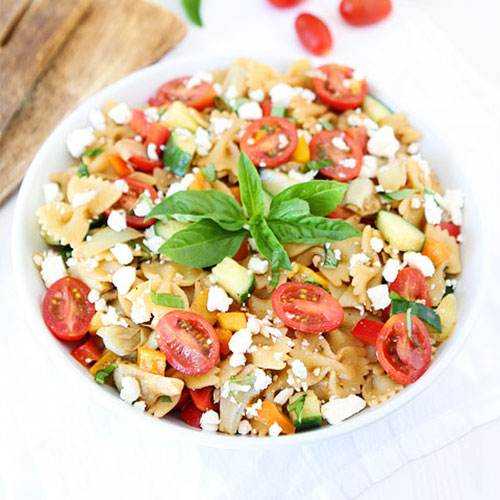 Easy-Summer-Pasta-Salad-1