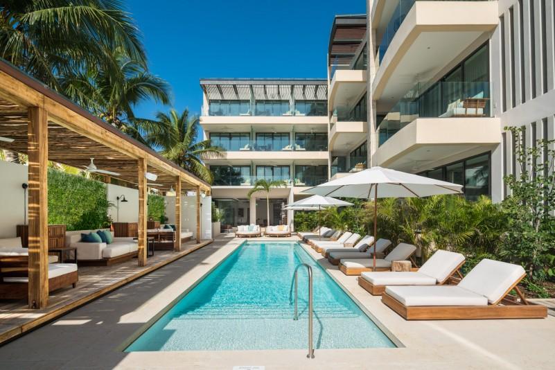 Beach-House-Pool-e1464016930676
