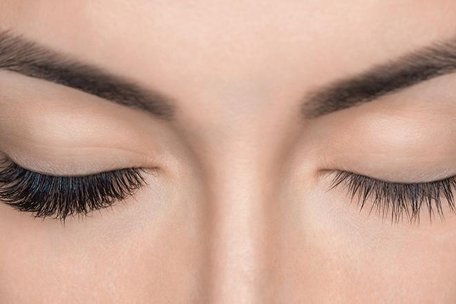 5 Things You Should Know Before Getting Eyelash Extensions - FabFitFun
