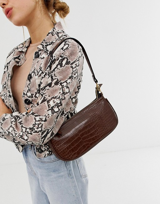 fbec01901e2 The Bag Style That Every Stylish Woman Is Obsessed With Right Now ...