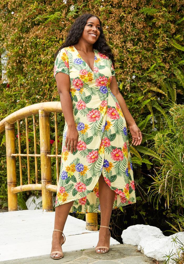 10 Wrap Dresses That Complement Plus Size Body Types Fabfitfun